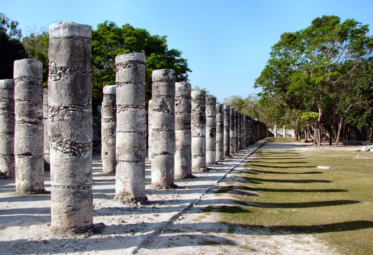 Chichen-Itza-1000-Warriors-Columns